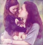 BREAKING_DAWN_Renesmee-525x546